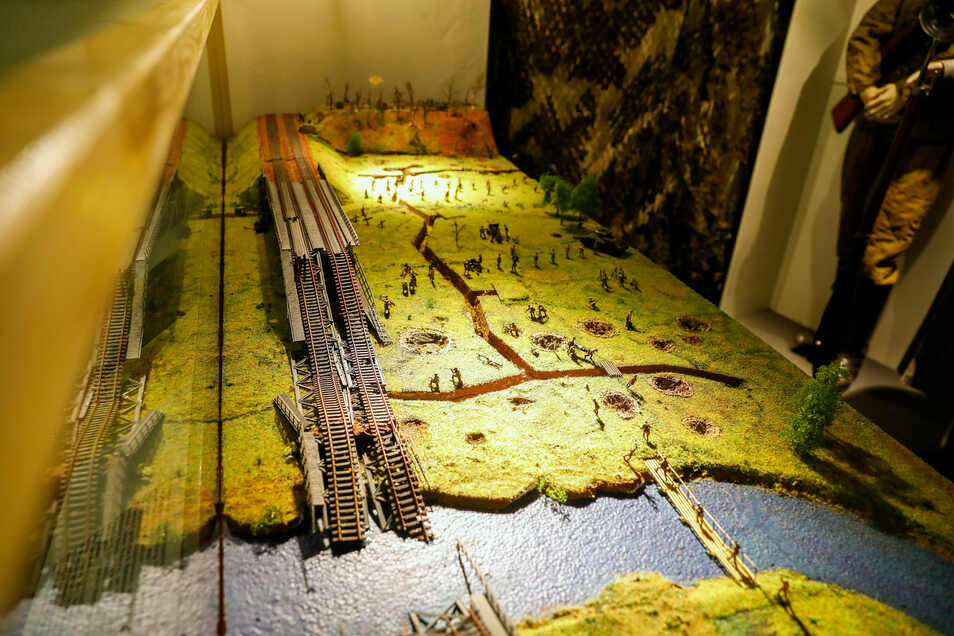 Das Diorama zeigt die Neiße-Querung der Roten Armee im April 1945 bei Zentendorf.