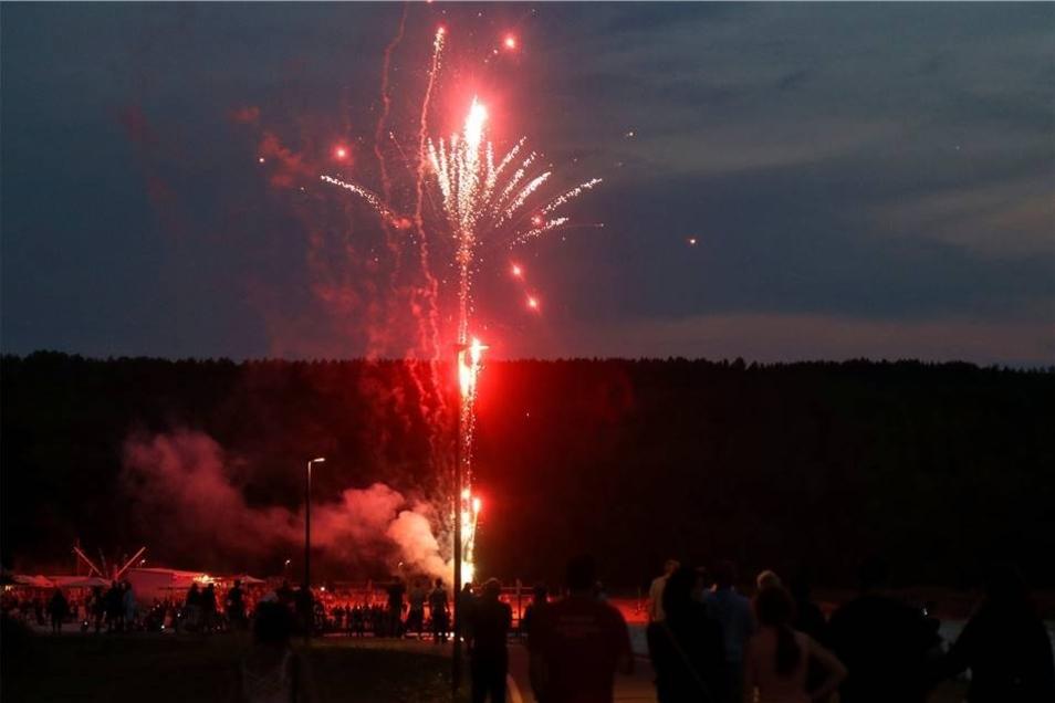 Seinen Abschluss fand der Sonnabend schließlich in einem spektakulärem Feuerwerk.