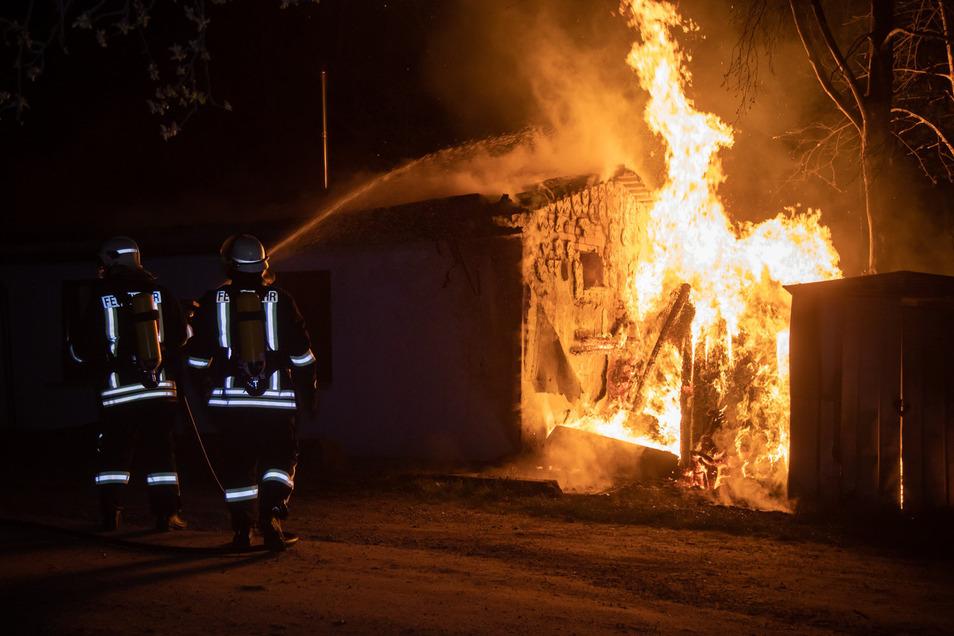 Am Gebäude des Gödaer Jugendclubs hat es in der Nacht zu Dienstag gebrannt.