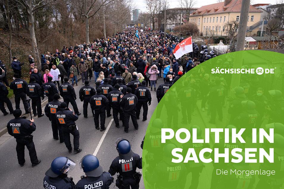 Rund tausend Demonstranten protestierten am Wochenende in Dresden gegen die Corona-Maßnahmen.