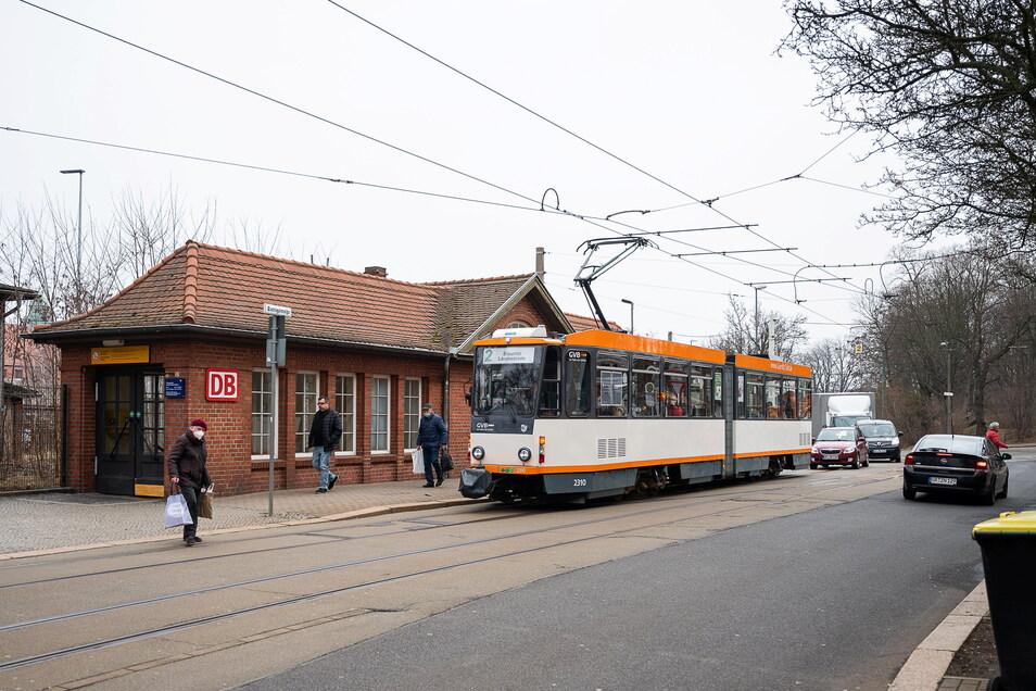 Ein Dauerbrennerthema in der Südstadt: Der Südausgang des Bahnhofs. Bürgerrat und Einwohner wünschen sich hier mehr Verkehrssicherheit, vor allem für Kinder und andere Fußgänger.