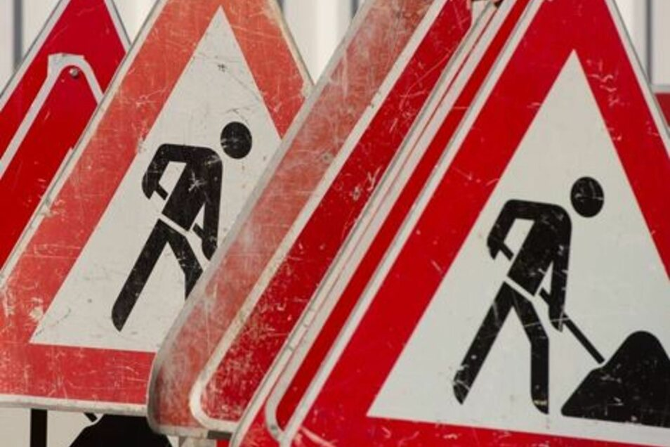 Bis die Bauarbeiten am Kreisverkehr bei Salzenforst starten können, dauert es noch.