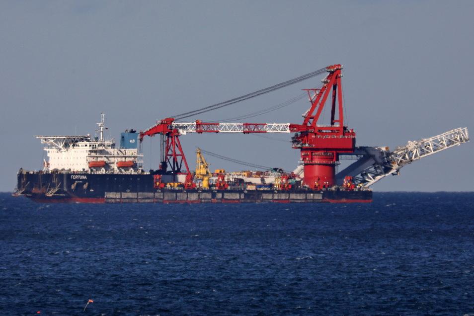 """Ungeachtet der Sanktionsdrohungen aus den USA hatte das russische Schiff """"Fortuna"""" Ende Januar in dänischen Gewässern wieder die Arbeit an der Ostsee-Pipeline aufgenommen."""