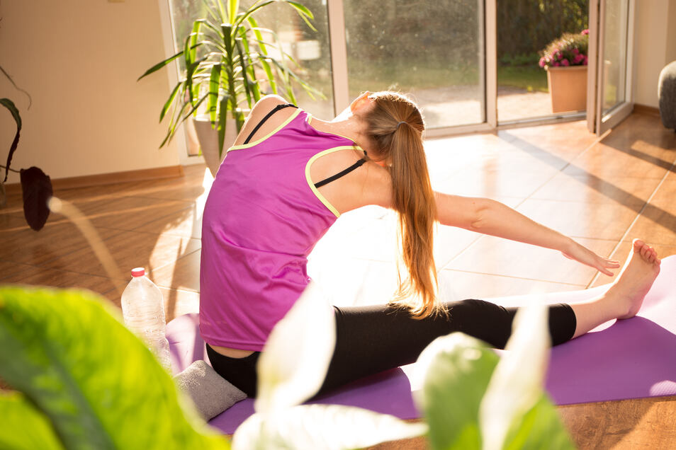Sportliche Aktivität am Morgen ist besser als eine Tasse Kaffee, um fit und munter in den Tag zu starten.