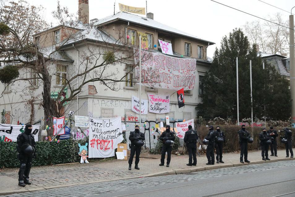 Am 23. Januar räumte die Polizei die Gebäude an der Königsbrücker Straße.