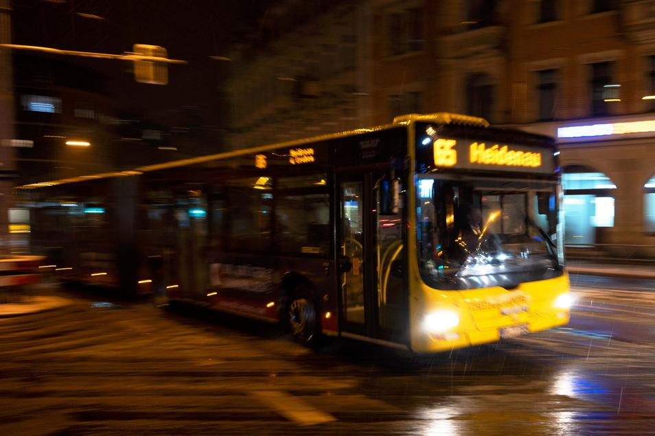 Nach mehrwöchiger Pause nehmen der VVO und seine Partnerunternehmen den Nachtverkehr von Dresden ins Umland wieder auf.