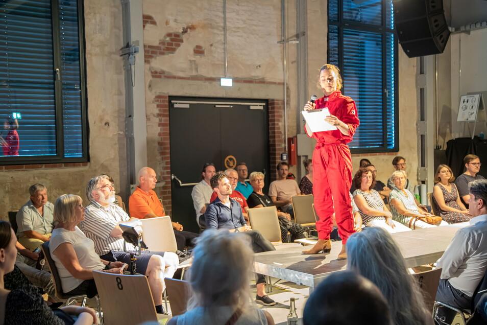 """Ende Juli wurde Rietzschels neues Buch """"Raumfahrer"""" zum ersten Mal vorgestellt: In Görlitz mit einer Lesung in dem soziokulturellen Zentrum """"Werk 1""""."""
