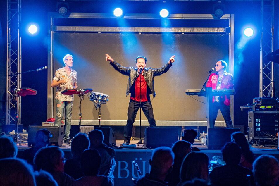 Konzert im Freien: Die Band Silent Circle stand im vergangenen Jahr im Bürgergarten auf der Bühne. Nach langer Pause legt die Gaststätte jetzt wieder mit Konzerten los.