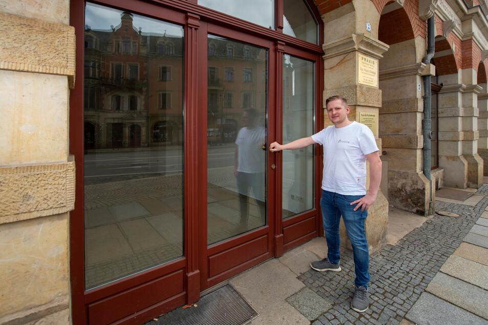 Erik Spiegelhauer ist Geschäftsführer der gleichnamigen Bäckerei aus Pirna. In diesem Geschäft in Dresden wird er demnächst eine Filiale eröffnen.