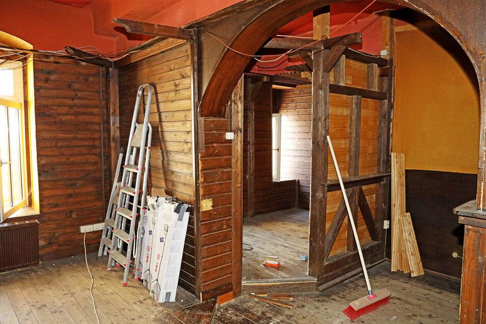 Ein kleiner abgetrennter Raum in der früheren Kneipe soll beibehalten werden. Er könnte als Rückzugsbereich dienen - zum Beispiel zum Hausaufgaben machen.