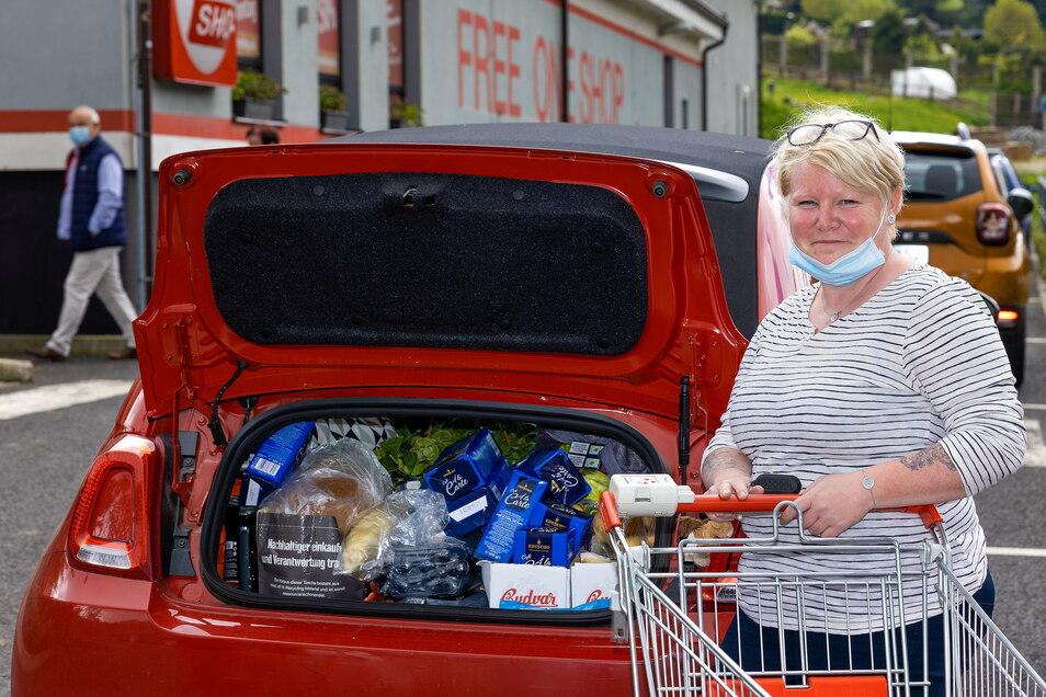 Sandra und ihre Mutter sind aus dem thüringischen Nordhausen nach Petrovice gekommen, um einkaufen zu gehen.
