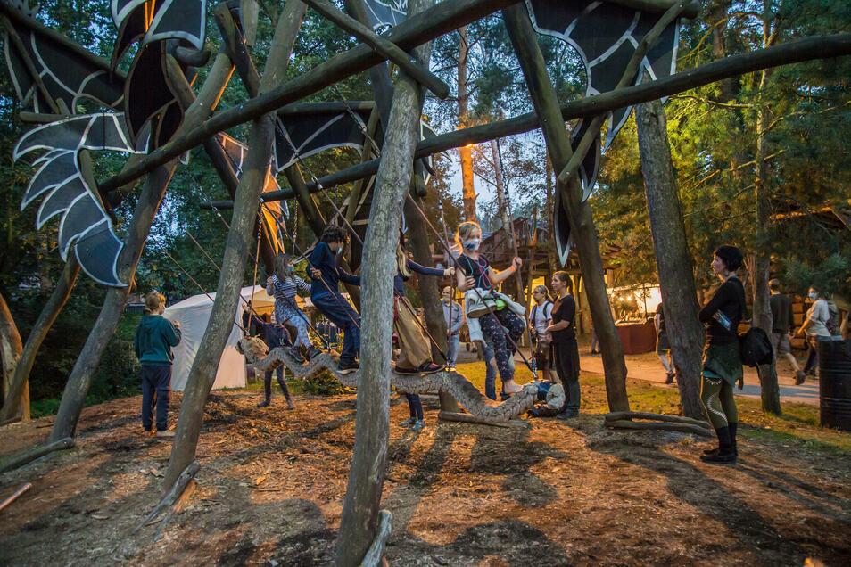 Nicht nur die kulturellen Angebote sind zum Folklorum begehrt, sondern auch die Spielmöglichkeiten für die jungen Besucher in der geheimen Welt von Turisede..