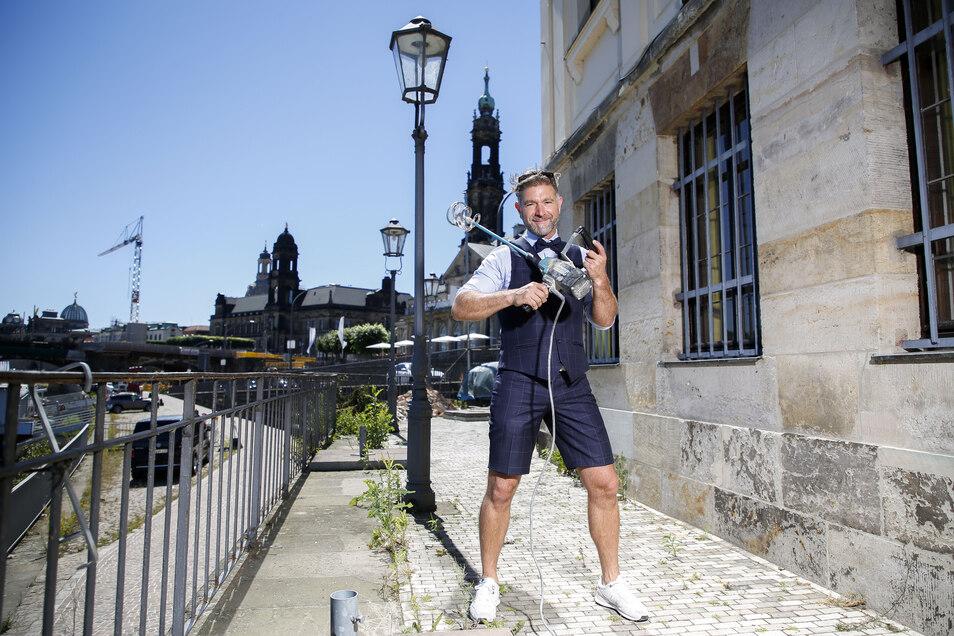 Muss im Innern noch vieles umbauen, doch sein Konzept steht: Clemens Lutz betreibt im Basteischlösschen jetzt den Kobalt-Club.