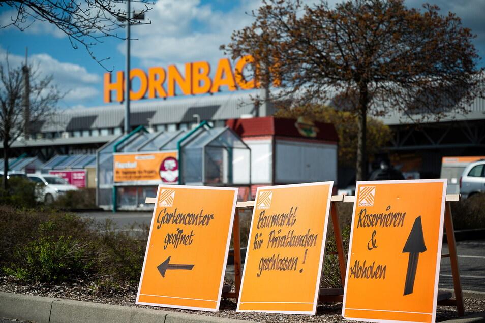 Wo muss ich lang, wenn ich einen Schraubenzieher brauche? Fragen über Fragen, hier bei Hornbach in Görlitz.