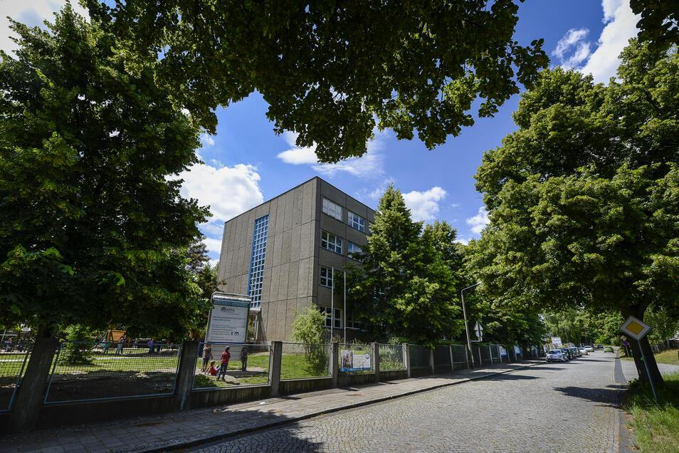 Idyllisch von außen anzusehen: das Gebäude der DPFA-Schule in Weinhübel. Aber ist es auch  der richtige Ausweichstandort für die Grundschule Königshufen.