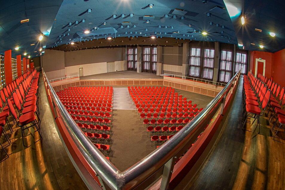 Bald soll es in der Bautzener Stadthalle Krone wieder Betrieb geben. Dafür wurde jetzt eine Lösung gefunden.