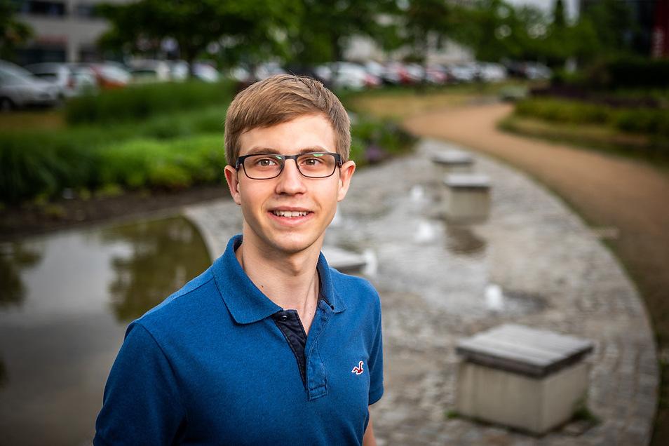 """Simon Lattke ist in Hoyerswerda verwurzelt und möchte auch künftig die Nähe wahren, regelmäßig seine Familie besuchen, wenn er das Studium aufnimmt. """"Ich bin mit den Maltesern gewachsen und habe meine Berufung gefunden. Diese Einflüsse haben mich"""