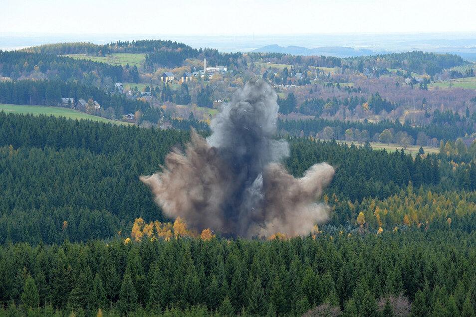 In den Waldgebieten in Altenberg wird noch weitere Weltkriegsmunition vermutet.