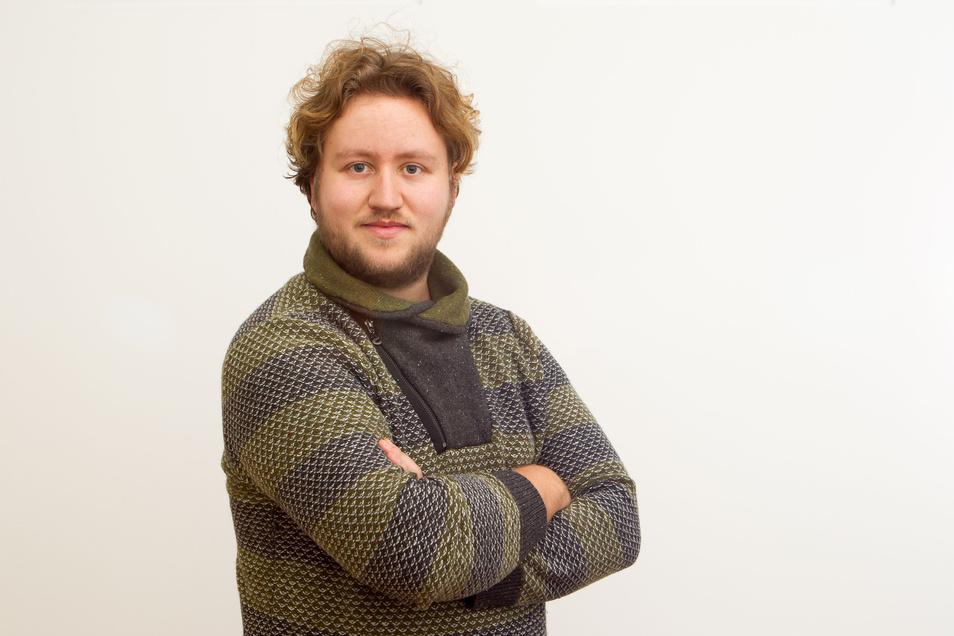 Maximilian Helm ist 24 Jahre alt und Volontär bei der Sächsischen Zeitung.