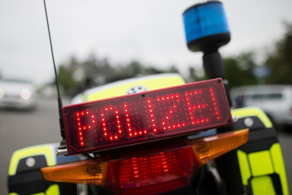 Mit einem renitenten Autofahrer mussten sich Polizisten am Dienstag in Wilthen auseinandersetzen.
