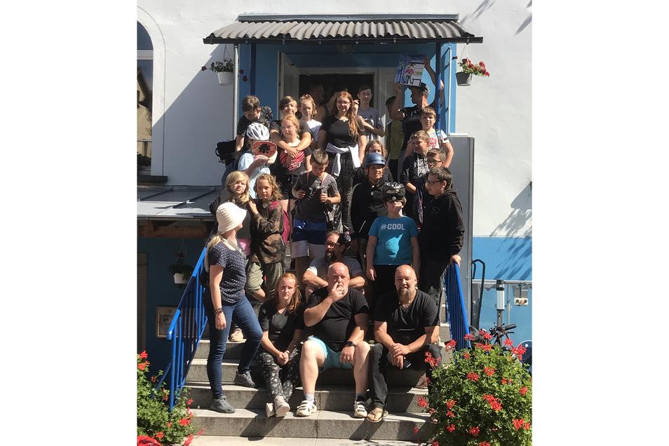 """Ferienlager des """"Hafenstraße"""" e.V. August 2021 in Skassa. Bei Spiel und Spaß mit dem Fahrrad auf Erkundung durch die Natur."""