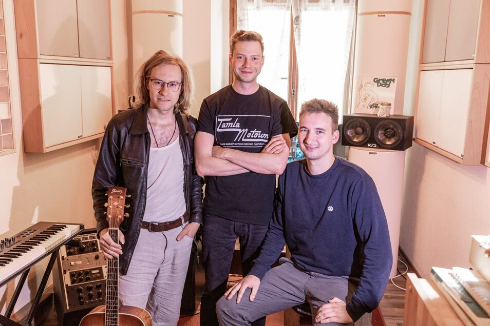 David, Richard & David haben einen Song für das UnbezahlbarLand aufgenommen. Einfach mal reinhören!