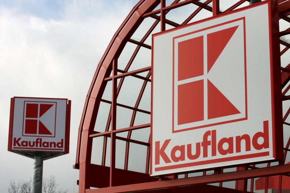 Mitarbeiter der Kaufland-Filiale in Großröhrsdorf streiken an diesem Freitag.