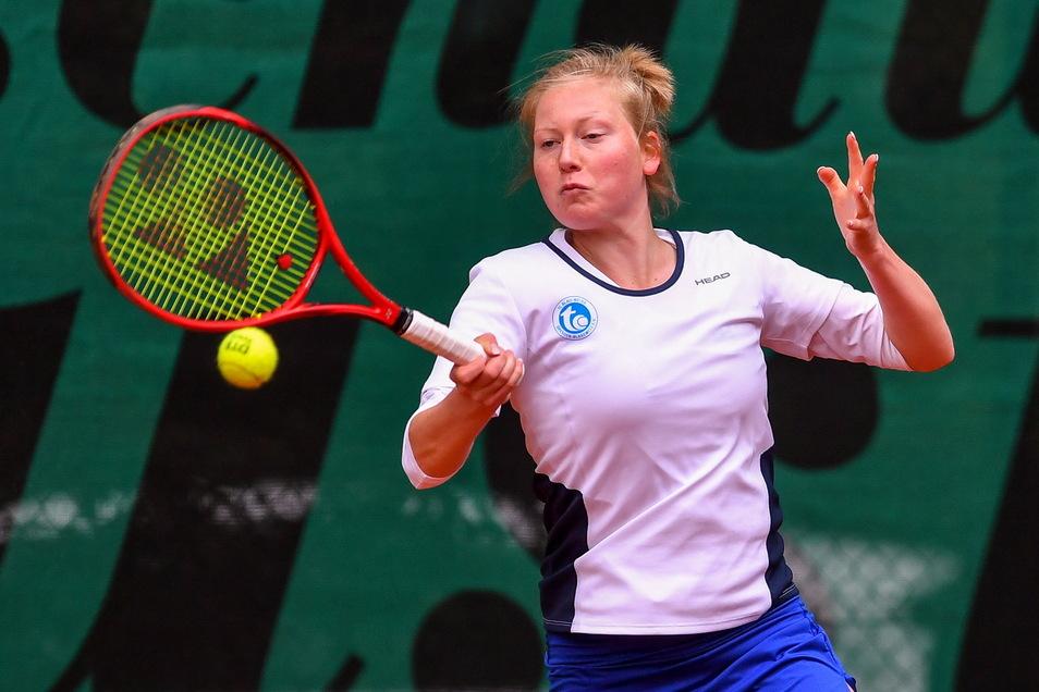 Lara Schmidt spielt in dieser Saison bereits zweimal für den Bundesligisten Dresden-Blasewitz – mit einer Fraktur.