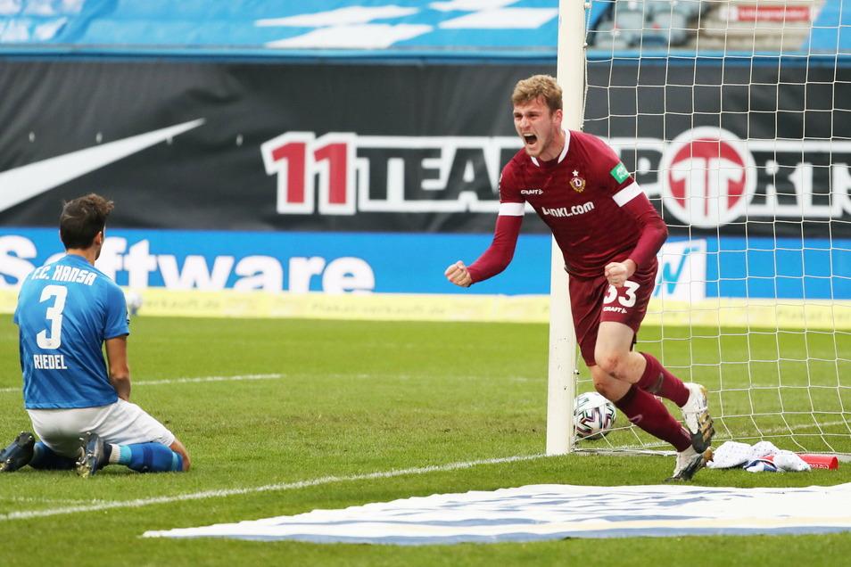 Christoph Daferner jubelt über seinen Fürhungstreffer. Es ist ein guter Start ins Ostduell gegen Hansa Rostock.