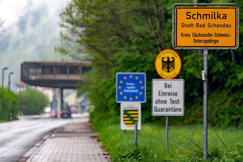 Das Schild hat Pendler monatelang begleitet. Eine Einreise nach Deutschland ist jetzt für 24 Stunden ohne triftigen Grund möglich, nach Tschechien für zwölf Stunden.
