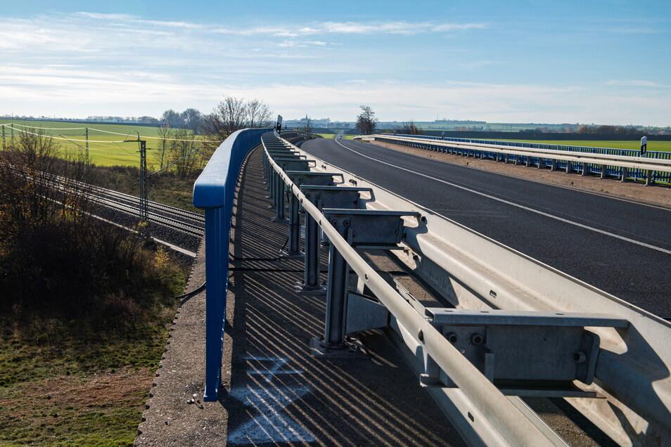 Die Brücke auf der B 101 zwischen Großenhain und Priestewitz kann frühestens 2024 abgerissen werden.