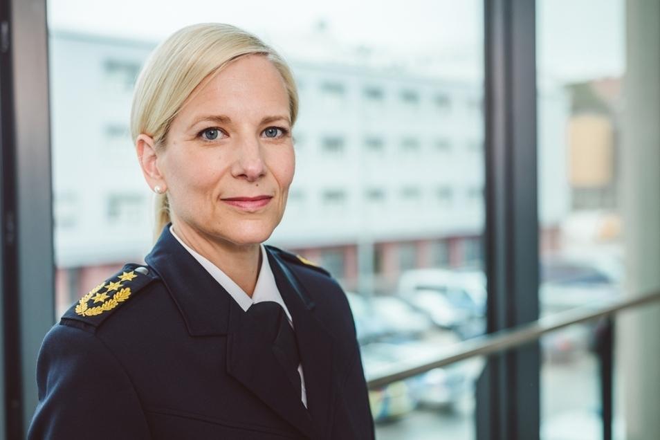 Sonja Penzel (48), wird künftig das sächsische Landeskriminalamt führen. Sie war bislang Präsidentin der Polizeidirektion Chemnitz.