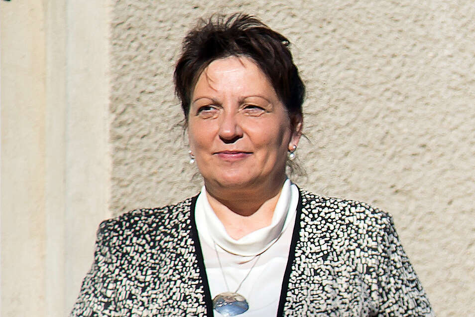 Oberin Schwester Sonja Rönsch will es mit dem Fahrrad bis an die Ostsee schaffen.