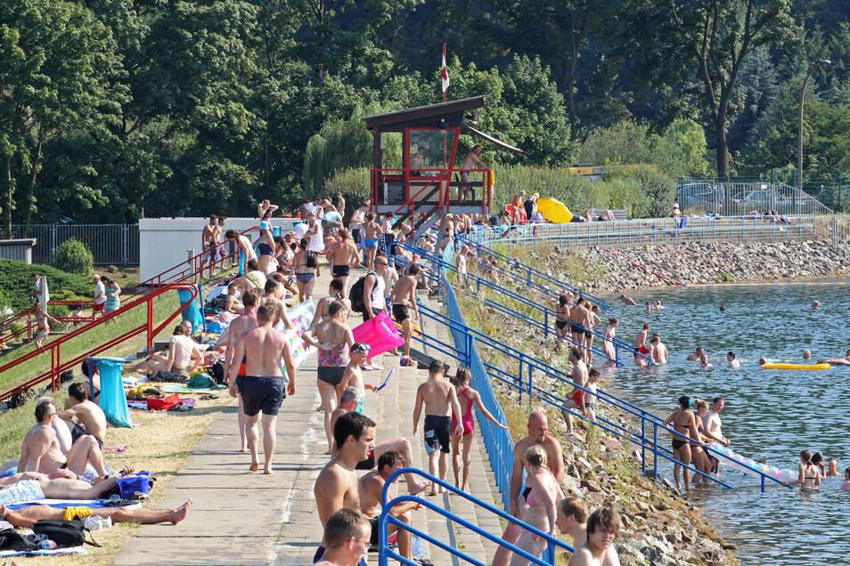 Die Aussichten sind gut, dass die Dresdner auch weiterhin im Stausee Cossebaude baden können.