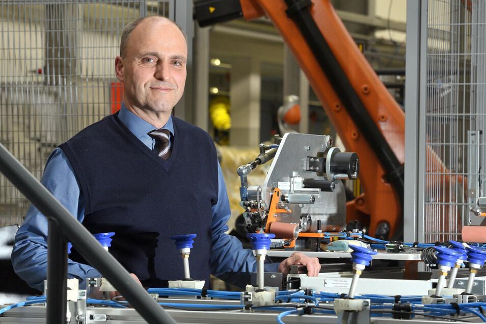 Firmen-Chef Torsten Hölzel hat 10.000 Euro verteilt.