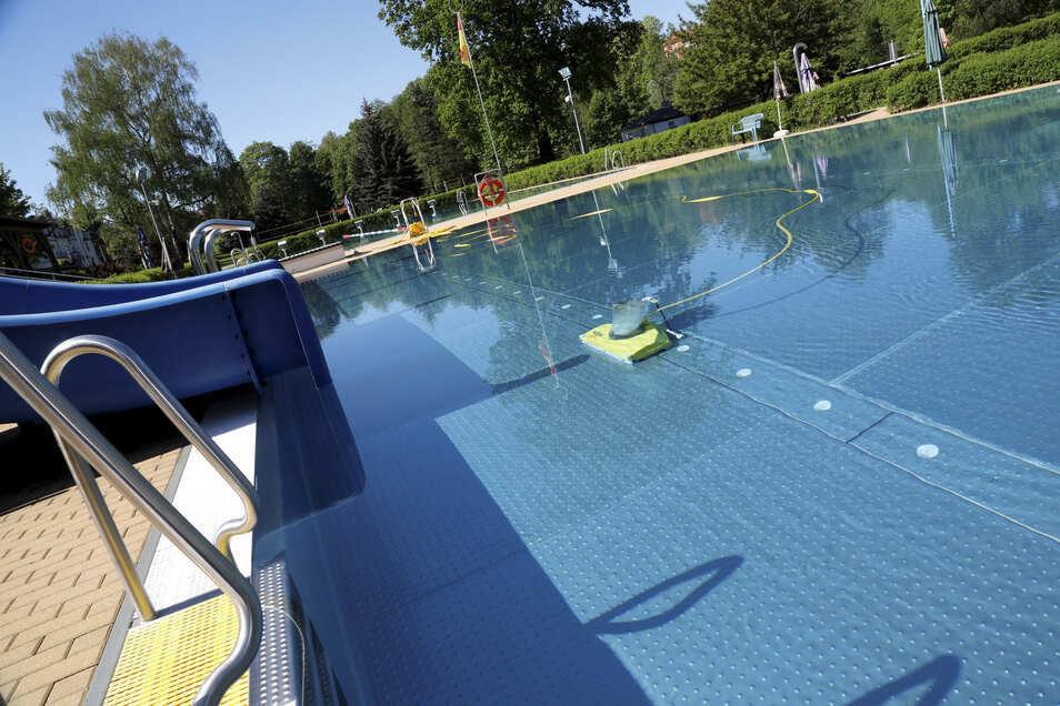 Das Schwimmbad wurde zuletzt 2012 saniert.