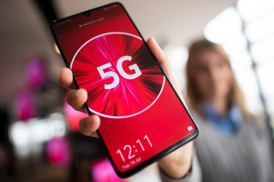 Bis Jahresende will Vodafone 8.000 Antennen an 2.800 Standorten für 5G freischalten.