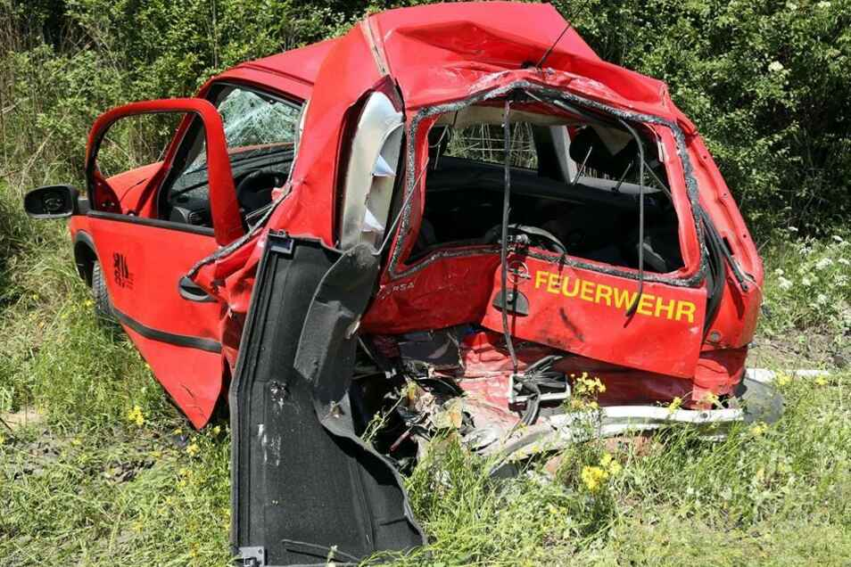 Einer der beiden musste am Unfallort reanimiert werden.