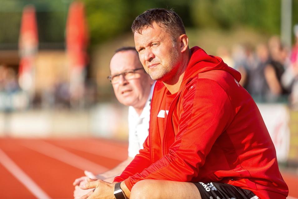 Blickt äußerst skeptisch auf die Pläne des Sächsischen Fußball-Verbandes: Freitals Trainer Knut Michael.
