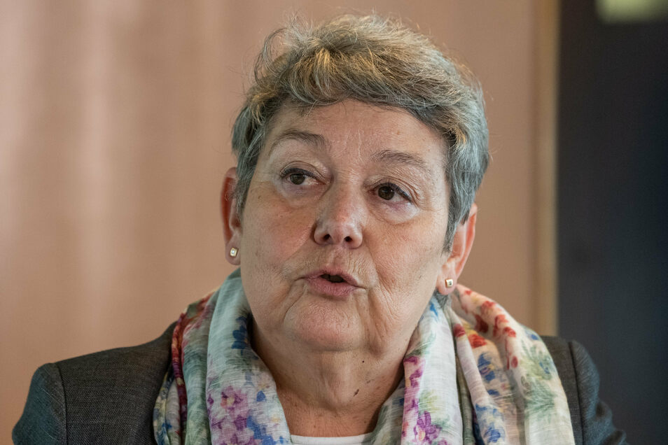 Dampfer-Chefin Karin Hildebrand.