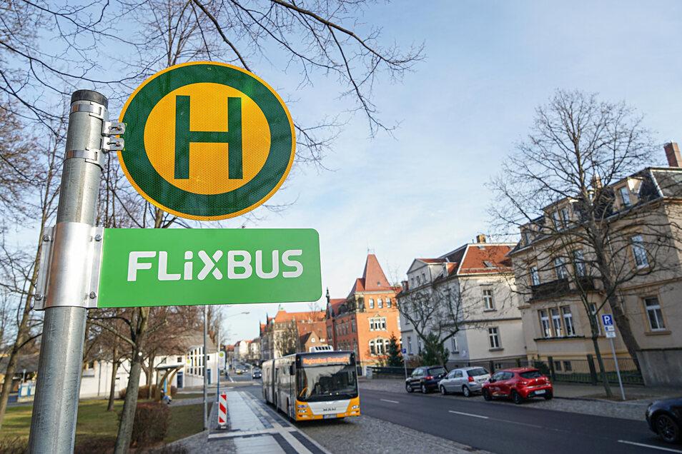 Das ist die neue Flixbus-Haltestelle am August-Bebel-Platz in Bautzen.