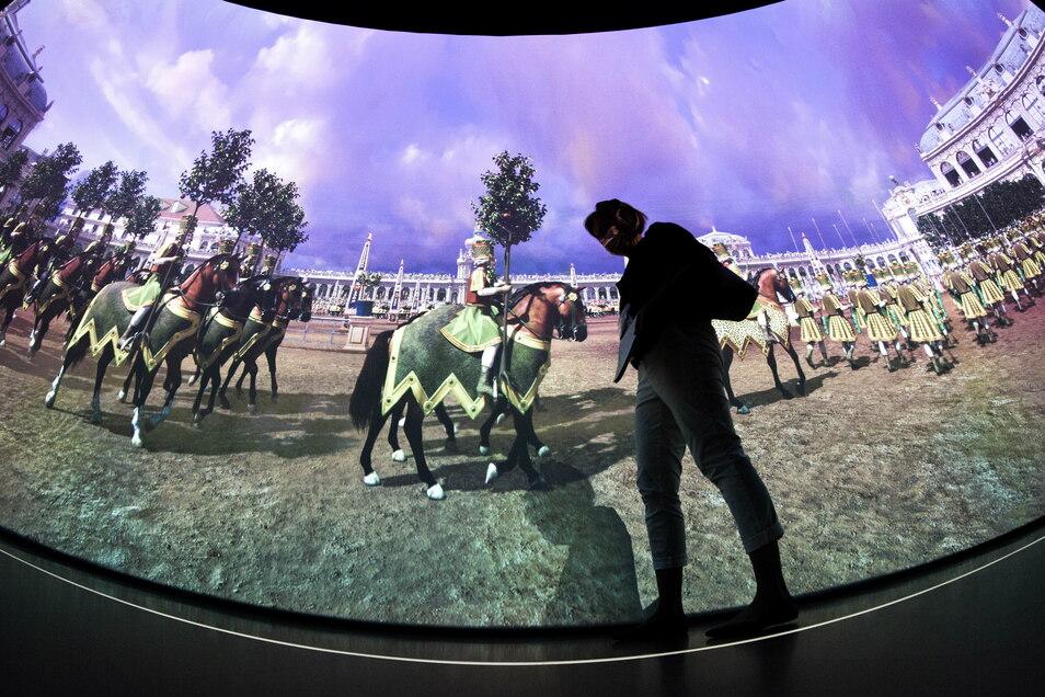 Eine ganz besondere Zeitreise können Besucher jetzt im Zwinger erleben. Riesige Datenberge machen es möglich.