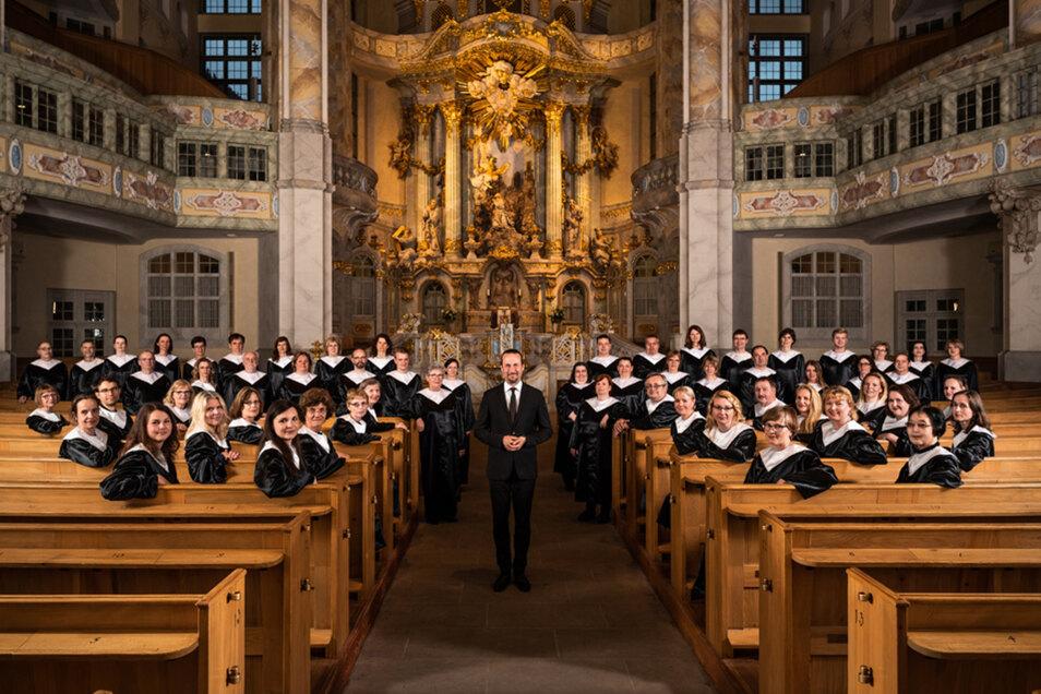 Kantor Matthias Grünert freut sich mit dem Chor der Frauenkirche auf ein besonderes Konzert.