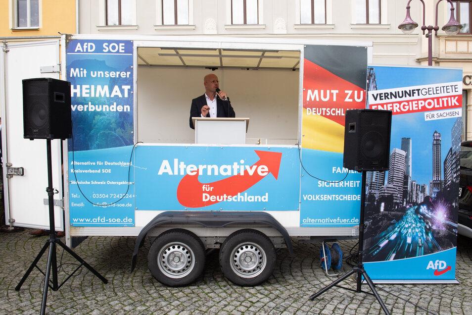Der Rechtsextreme Andreas Kalbitz trat am Wochenende mit Vertretern der sächsischen AfD in Sebnitz auf.