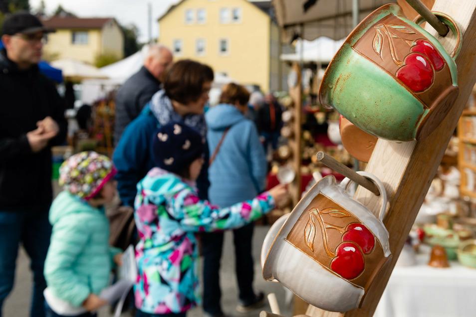 Zum Töpferfest in Neukirch im vorigen Jahr kamen zahlreiche Besucher.