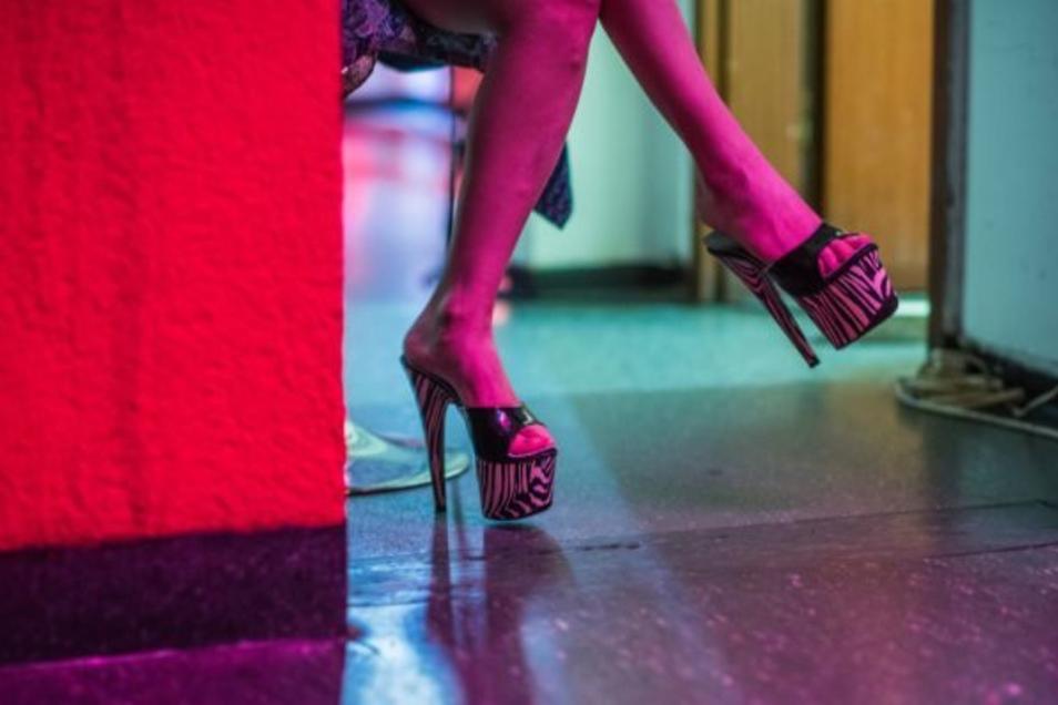 Einige der Prostituierten seien nicht krankenversichert oder gemeldet.
