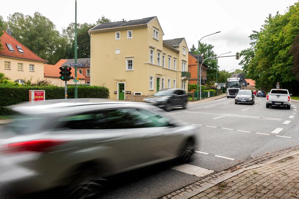 Neuerdings gehört auch die Wilhelm-Kaulisch-Straße in Neustadt zu den Stellen im Landkreis, an denen sich Unfälle häufen.