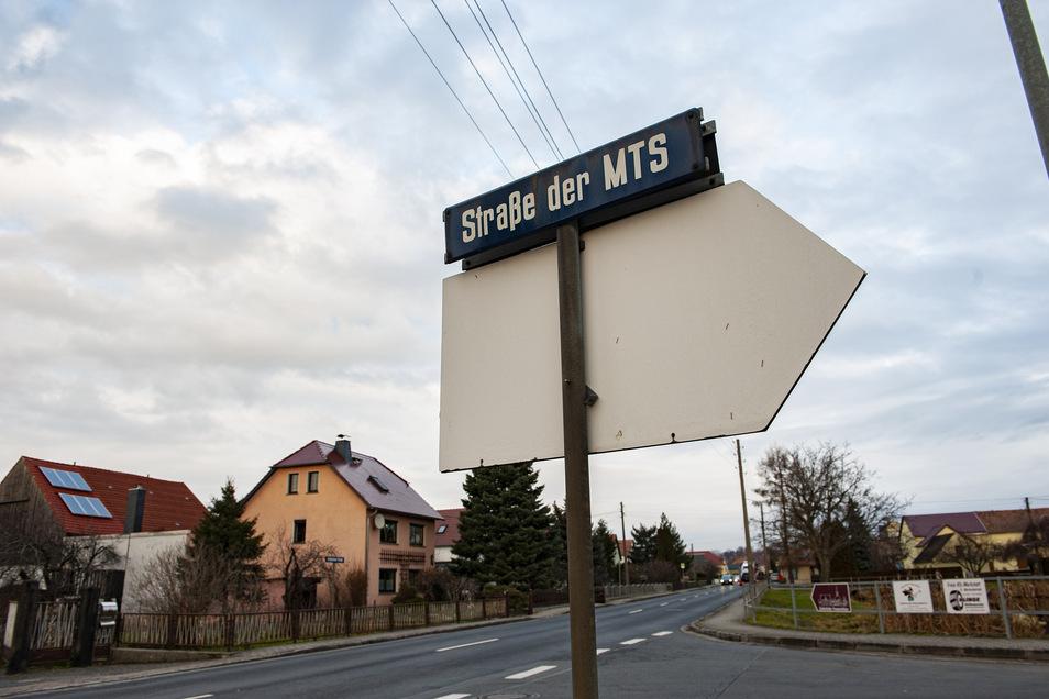 Die Ortsmitte von Schönfeld bleibt bis September für den Durchgangsverkehr gesperrt.