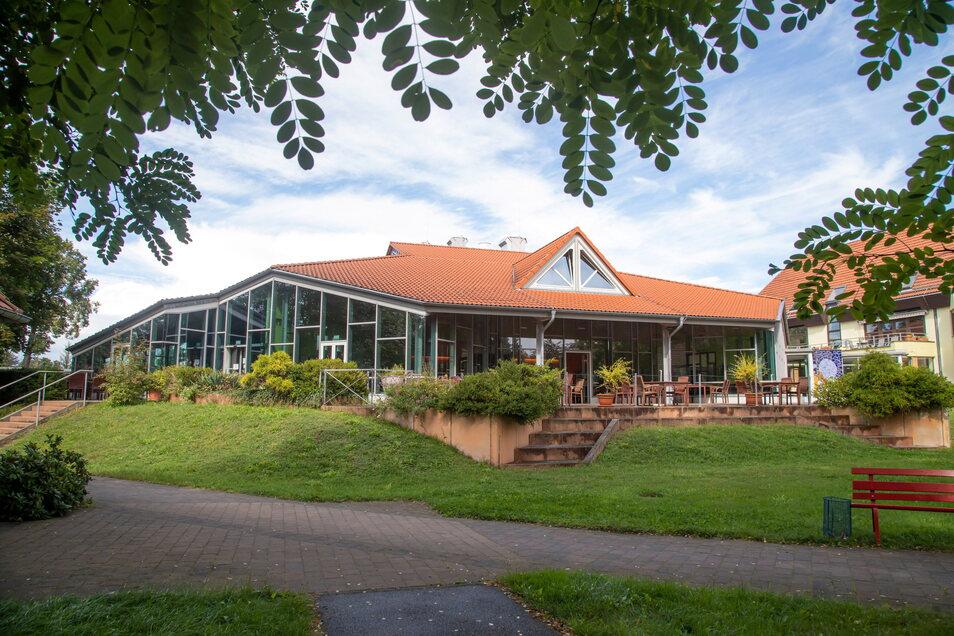Die Martinshof Rothenburg Küchenbetriebe GmbH ist eine 100-prozentige Tochter der Stiftung Diakonie St. Martin. Das Restaurant Enoiteca Martini ist ein Teil davon.
