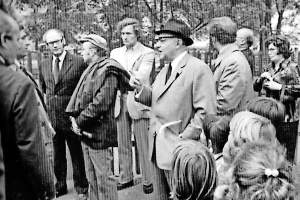 Während der Zittauer Konferenz der Zoodirektoren am 2. Oktober 1975 unter Leitung von Prof. Dr. Heinrich Dathe (Mitte), Berlin.